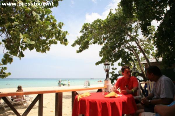 giamaica_merrils_beach_1.jpg