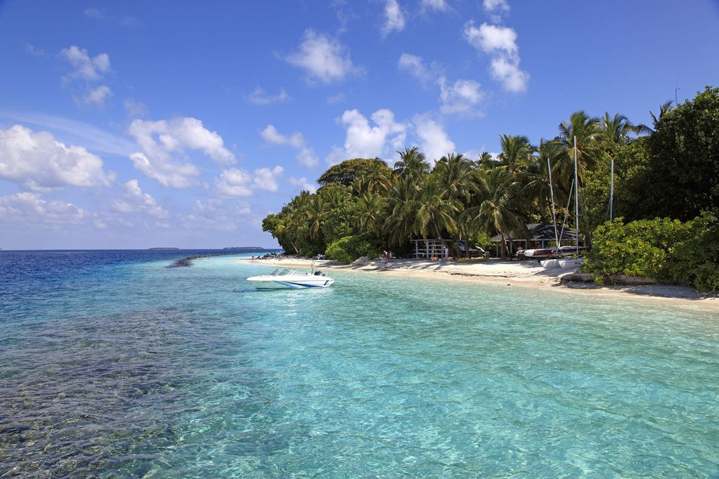 maldive-royal-island.jpeg
